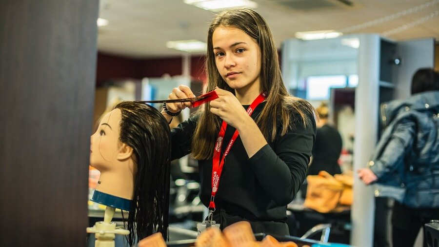 Hair and Beauty student
