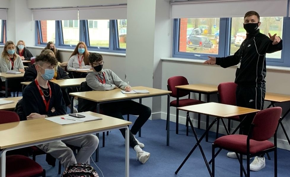 Luke teaching Level 3 Extended Diploma in Uniformed Protective Services students.